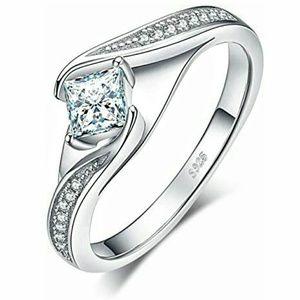 Princesss Cut Wedding Engagement Ring